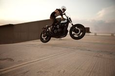 """Go! Riding with Honda CB750F #StreetTracker """"Ferox - Settemmezzo"""" by Anvil Motociclette Cafe Racer #motorcycles #motos 