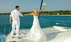Bride and groom on the sea | Colony Club by Elegant Hotels, Barbados