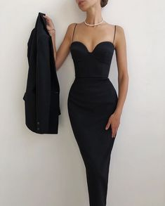 Classy Dress, Classy Outfits, Chic Outfits, Dress Outfits, Fashion Dresses, Dress Up, Ball Dresses, Ball Gowns, Evening Dresses