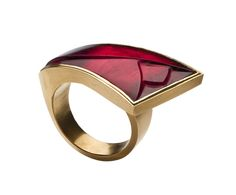 Charlotte De Syllas: a carved red tourmaline and red gold ring. Contemporary Jewellery, Modern Jewelry, Luxury Jewelry, Jewelry Art, Jewelry Rings, Jewelry Accessories, Fine Jewelry, Jewelry Design, Schmuck Design