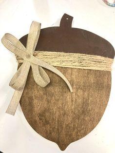 Acorn Crafts, Leaf Crafts, Dollar Tree Crafts, Autumn Crafts, Fall Pumpkins, Door Hangers, Creations, Crafty, Wooden Crafts
