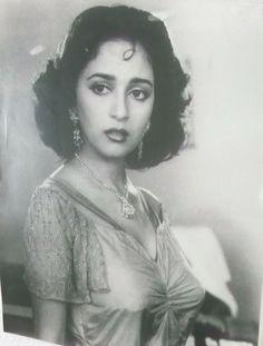 Bollywood Girls, Bollywood Saree, Bollywood Fashion, Beautiful Bollywood Actress, Most Beautiful Indian Actress, Indian Actress Hot Pics, Indian Actresses, Madhuri Dixit Saree, Miss India
