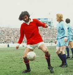 1st April 1972. A bearded Georgie Best against Coventry City at Highfield Road.