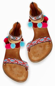 ethnic style sandales  love sandal's bracelet and pom pom