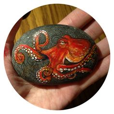 Can do octopus taking up the whole rock, too. Find a stone where the background looks llike it could pass for octopus skin! Octopus Painting, Octopus Art, Pebble Painting, Pebble Art, Stone Painting, Painted Rock Animals, Hand Painted Rocks, Painted Pebbles, Painted Stones