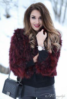 Instagram: @mungoanna / Details: http://www.mungolife.fi  / Marita Huurinainen fur coat, Chanel Le Boy, colourful fur, burgundy fur