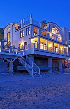 My dream Beach House Haus Am See, Dream Beach Houses, Malibu Beaches, Photos Voyages, Coastal Homes, Beach Homes, Beach Cottages, Beach Fun, Summer Beach