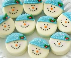 Snowman Chocolate Covered Oreos Custom by TheSweetBoutiqueShop, $18.00