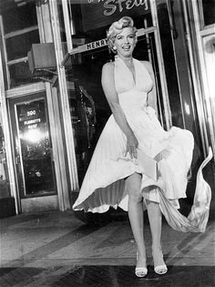 """Marilyn Monroe on the set of """"The Seven Year Itch"""", 1954"""