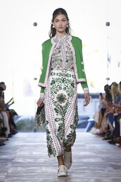 Tory Burch Fashion Show Ready to Wear Collection Spring Summer 2017 in New York