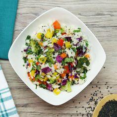 Muchos colores = muchas vitaminas. ¡Prueba este arroz arcoíris con un extra de sabor! #sponsored Mexican Food Recipes, New Recipes, Vegetarian Recipes, Dinner Recipes, Healthy Recipes, Clean Eating, Healthy Eating, Healthy Food, Bien Tasty