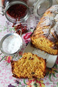 pensieri e pasticci: Cake alle mele, amarene e bacche di goji, ricetta di Mamma Papera!