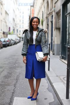 Shiona Turini turning it out in cobalt  and grey. Pay that. #alltheprettybirds
