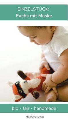 Einzelstück: handgestrickter Fuchs mit Maske aus kuschelig weicher Bio-Baumwolle. #chillnfeel #fuchs #wildlingshoes #füchse #kuscheltier #geburtsgeschenk #weihnachtsgeschenk Babys, Lifestyle, Handmade, Fashion, Gifts For Children, Baby Favors, Octopus, Babies, Moda