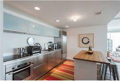 Kitchen 1040 Biscayne Boulevard, Unit 3207, Miami, FL, 33132 #TenMuseumPark #madeleineromanello #realmiamibeach 