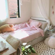 Romantic Home Decor .Romantic Home Decor Room Design Bedroom, Room Ideas Bedroom, Bedroom Decor, Pastel Room, Minimalist Room, Cute Room Decor, Aesthetic Room Decor, Dream Rooms, My New Room