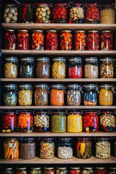 Food storage done right Kitchen Organization Pantry, Kitchen Pantry, Kitchen Decor, Organized Pantry, Pantry Ideas, Pantry Storage, Jar Storage, Pantry Design, Kitchen Design
