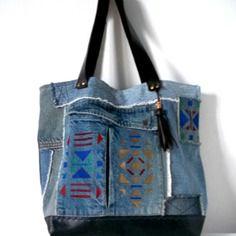 """Sac cabas en jean et lin et cuir avec motifs peints au pochoir """"apache"""""""