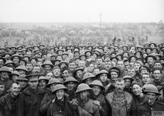 Group of the Royal Irish Rifles, Ulster Division, before parading for the trenches. Near Bertincourt, 20 November World War One, First World, World History, Family History, British Army, Military History, Old Photos, Irish, Black Watches