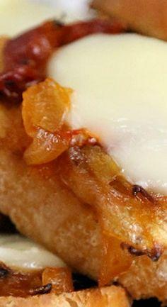 Caramelized Onion-Tomato Jam Crostini with Brie: Appetizer