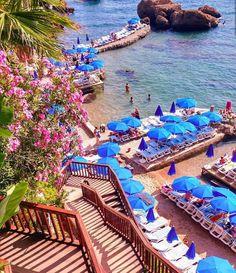 Mermerli Beach, Antalya, Turkey Source by haithamdiab Beach Fun, Beach Trip, Turkey Weather, Turkey Resorts, Turkey Culture, Visit Turkey, Turkey Holidays, Holiday Places, Turkey Travel
