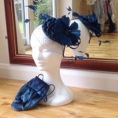 A bespoke handmade matching bag and fascinator for one of our Mother of the Brides.  We have created some exceptional pieces for Mother of the Bride/Groom in our studio and dont just stop at the dress!  #motherofthebride #motherofthegroom #lesleycutlerbridal #wedding #weddinginspo #instawedding #weddingaccessories #couture #realcouture #gettingmarried #theknot #weddinglook #weddingtrends #silkdress #couturebridal #bridalfashion #love #dailyweddinginspiration #weddingstyle #weddingblog…