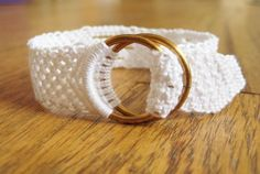 Make This - White Cotton Bracelet - Luxe DIY - How Did You Make This? Macrame, haven't done it in a looong time, but this is cute!