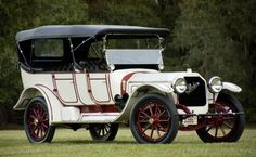 1915 Peerless 48 HP Seven-Passenger Touring