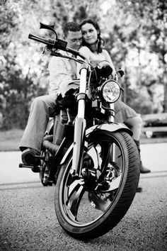 Motorcycle biker husband - Engagement Photo by Amber Malia Photography. Probably would do this with Ben. Motorcycle Engagement Photos, Motorcycle Wedding, Engagement Pictures, Engagement Shoots, Wedding Pictures, Wedding Engagement, Wedding Ideas, Image Photography, Couple Photography