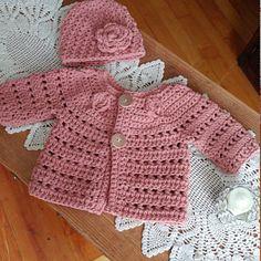Crochet PATTERN - Falling Leaves Cardigan (sizes baby up to .- Crochet PATTERN – Falling Leaves Cardigan (sizes baby up to 8 years) - Crochet Baby Sweaters, Crochet Baby Cardigan, Baby Girl Crochet, Crochet Baby Clothes, Crochet Baby Hats, Booties Crochet, Baby Boy Cardigan, Baby Sweater Patterns, Baby Clothes Patterns