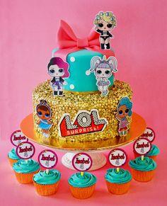 LOL Sorpresota ✨ Featuring @myday_ec  By Delicatesse Postres Panama  #delicatessepostres #birthdayday #birthdaycake #dessert #postres #party #panama #bakery #fiestaspanama #cumpleaños #cake #bolos #pasteles #dulce #cakedesign #design #cakeartistry #instagramcake #celebration #cupcakes #lolsurprise Instagram Cake, Surprise Cake, Lol, Ideas Para Fiestas, Bakery, Birthday Cake, Cupcakes, Desserts, Deserts