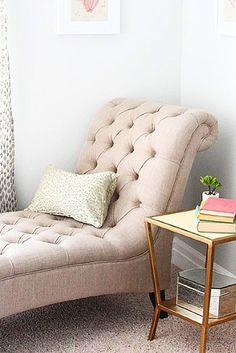The perfect way to enjoy a random corner in your house: add a fainting couch, side table and books you've been meaning to read, enjoy!