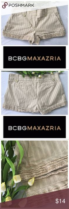 BCBGMaxazria Stripe Shorts Ruffle accent Size 2 Such a classy pair of Cream colored striped shorts with Ruffled/ fringy detail on hem. 2 front pockets. Back pockets are sewn. There is a ribbon on inside bottom hem. Size 2 in great condition BCBGMaxAzria Shorts
