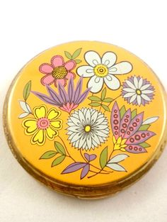 Lovely Vintage Powder Compact