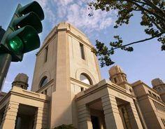 La Universitat millora la situació econòmica i disminueix el deute, en aplicació del nou conveni amb la Generalitat