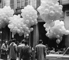 Yves Klein: Propositions Monochromes, Galerie Iris Clert, Paris 1957