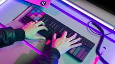 In La La Land, too-cool-for-cover-bands and struggling jazz pianist Sebastian (Ryan Gosling) plays on the Roli Seaboard Grand, a $3,000 futuristic keyboard that warps sound based on presses, bends and slides, after joining Keith's (John Legend) band, The Messengers.It's a sick keyboard for profession