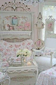 Pretty shabby chic living room! - myshabbychicdecor...