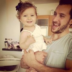New York Ranger's Captain Ryan Callahan celebrates father's day with daughter Charlotte. Rangers Hockey, Hockey Teams, Ryan Callahan, Man Crush Everyday, Tampa Bay Lightning, New York Rangers, Hockey Players, Future Husband, Adorable Pictures