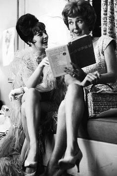 """Gypsy Rose Lee visiting Natalie Wood on the set of """"Gypsy""""(1962)"""