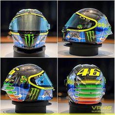 Rossi special helmet mugello 2015