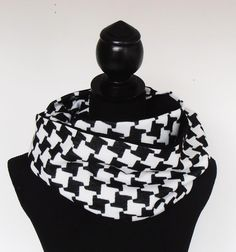 loop-sjaal zwart/wit  wol/jersey van MaRose op DaWanda.com