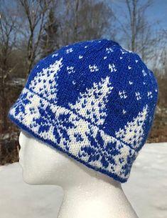 Ravelry: Winter's Eve Hat pattern by Knitwits Heaven Crochet Winter, Knit Crochet, Celtic Shamrock, Little Sport, Happy Flowers, Cowl Scarf, Fair Isle Knitting, Writing Styles, Stockinette