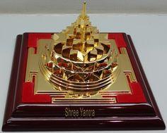 Shree Yanta (Meru) Shop At: http://www.nithyanandagalleria.com/shree_yantra Among st various ways to fulfill needs and desires of human life, Shree Yantra is the best and easiest way. Shree Yantra means Yantra of Shree (Goddess Lakshmi). Goddess Lakshmi resides at the place where Shree Yantra is kept.