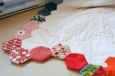 Top Tip Tuesday: Finishing a Hexagon Quilt