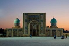Usbekistan Rundreisen - Jetzt Urlaub buchen!  Tai Pan Hats For Men, Best Sellers, Taj Mahal, Building, Travel, Lawn And Garden, Destinations, Landscape, Viajes