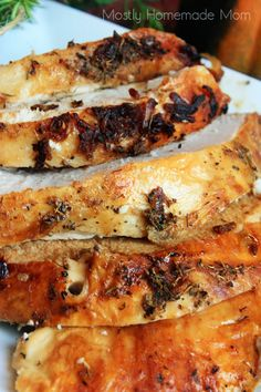 Oven Roasted Turkey Breast recipe with onion soup mix, garlic, celery salt, and thyme! This is a great roasted turkey breast recipe for Thanksgiving dinner! Best Christmas Dinner Recipes, Christmas Dinner Menu, Thanksgiving Dinner Recipes, Thanksgiving Sides, Friendsgiving Ideas, Christmas Desserts, Onion Soup Recipes, Turkey Recipes, Chicken Recipes