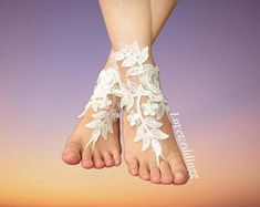wedding garter, wedding barefoots, wedding accessories by Loveweddingg Bride Garter, Wedding Garter, Ivoire, Wedding Accessories, Etsy Seller, Bridal, Beautiful, Trending Outfits, Unique Jewelry