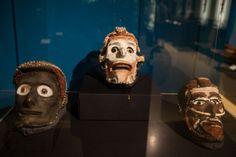 Eine Idee im Kopf – Headhunters in the alps Lion Sculpture, Statue, Skulls, Ireland, Art, Art Background, Kunst, Irish, Performing Arts