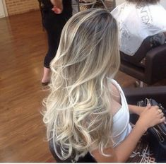Projeto Along Hair – Recupere em 30 dias Beauté Blonde, Blonde Hair Looks, Blonde Hair With Highlights, Brown Blonde Hair, Platinum Blonde Hair, Hair Color Balayage, Blonde Balayage, Gorgeous Hair Color, Ombré Hair